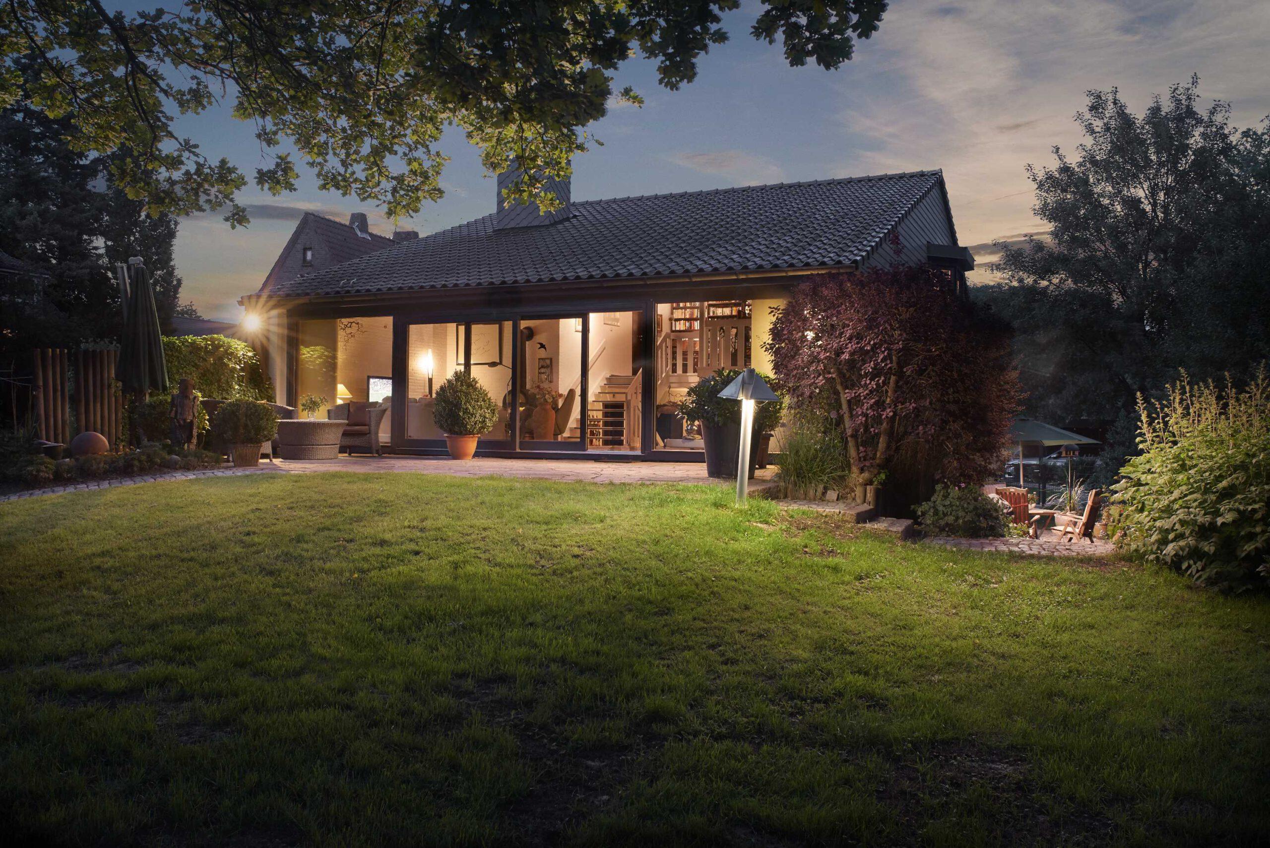 Einfamilienhaus-Rosengarten